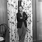 Bing Crosby 1933 at his home001_final