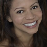 Gloria Reuben Headshot