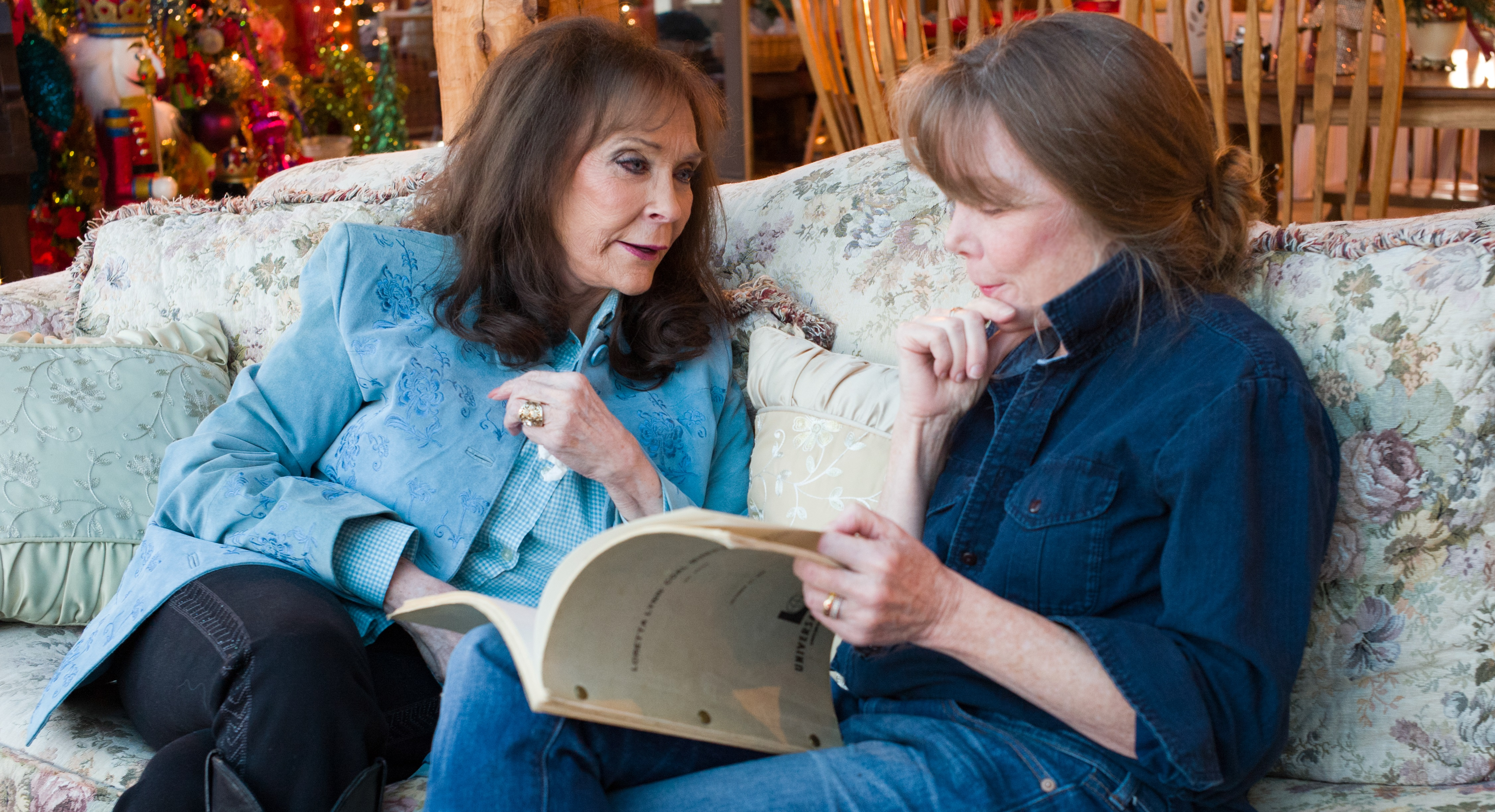 THIRTEEN's American Masters Presents the World Premiere of the New Documentary Loretta Lynn: Still a Mountain Girl, March 4 on PBS