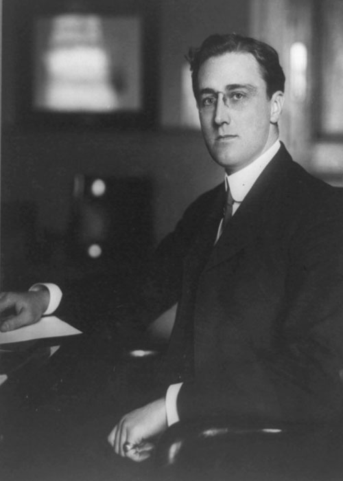 a look at the life of franklin d roosevelt the 32nd president of the united states They all try to find a new way to look at them  life he was the 32nd president of the united  economy in the united states franklin d roosevelt's.