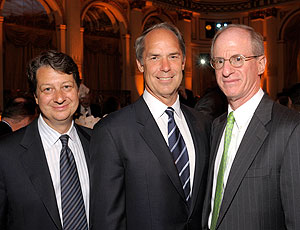 WNET.ORG President & CEO Neal Shapiro with BNY Mellon President Gerald L. Hassell, honoree at this year's 2010 Gala with James S. Tisch, Chairman of the Board of Trustees at WNET.ORG