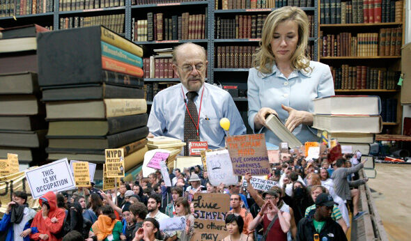At the Strand Bookstore, a Retail Labor Struggle in the Age of Amazon and Occupy