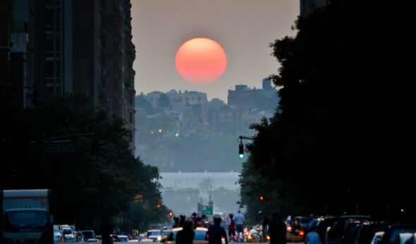 Manhattanhenge Views and Explanations