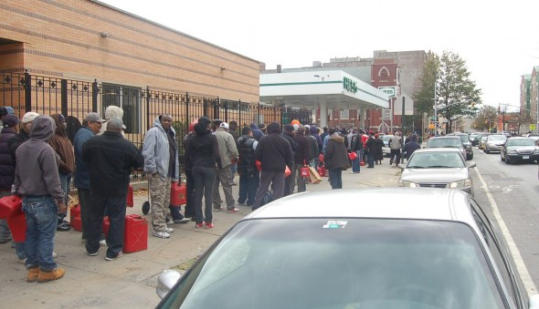 The line for gas at a Hess Station in Flatbush, Brooklyn on Nov. 1, 2012.