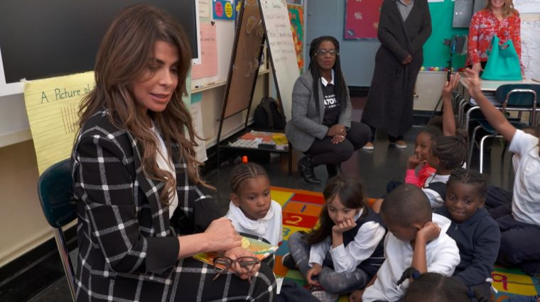 PAULA ABDUL BACKING TURNAROUND ARTS