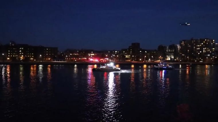 HELICOPTER TRAGEDY ON THE EAST RIVER