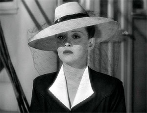 Bette Davis in 'Now, Voyager'