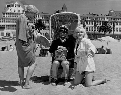 Scene from Billy Wilder's Some Like It Hot