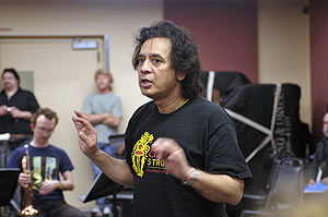 Zankir Hussein teaching