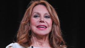 marlo_thomas_panel_livestream_carousel